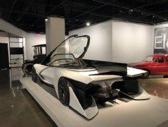 法拉第未来首款智能电动超跑FF Z